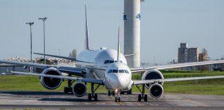 Airbus Boeing