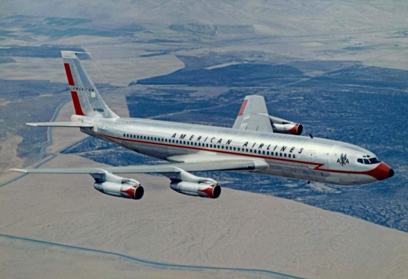Boeing 707 American Airlines