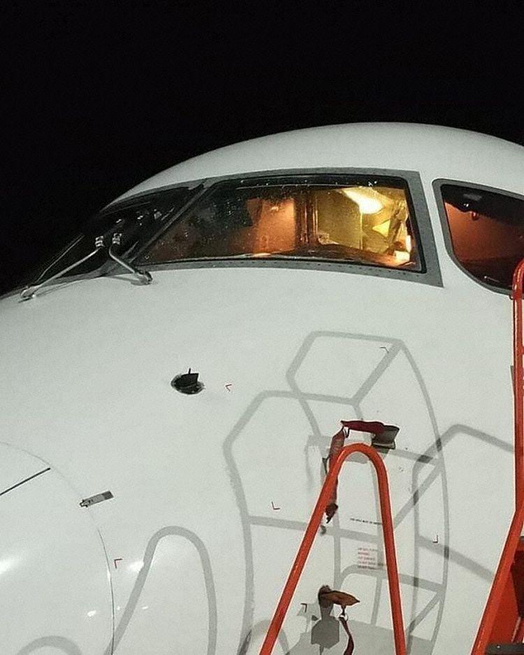 Embraer 190 Ilkar Airlines Rússia