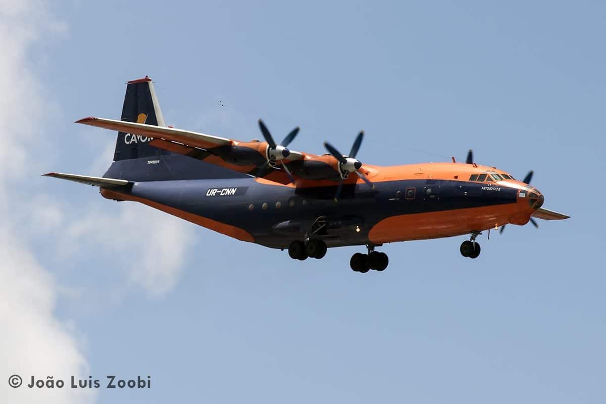 Antonov 12 Cavok Air Avião Recife