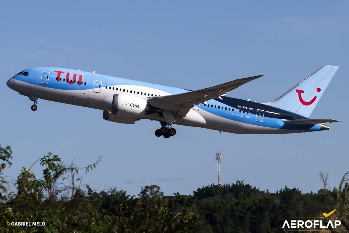 Boeing 787-8 TUI Fly Netherlands