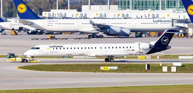 Lufthansa Bombardier CRJ-900 ônibus