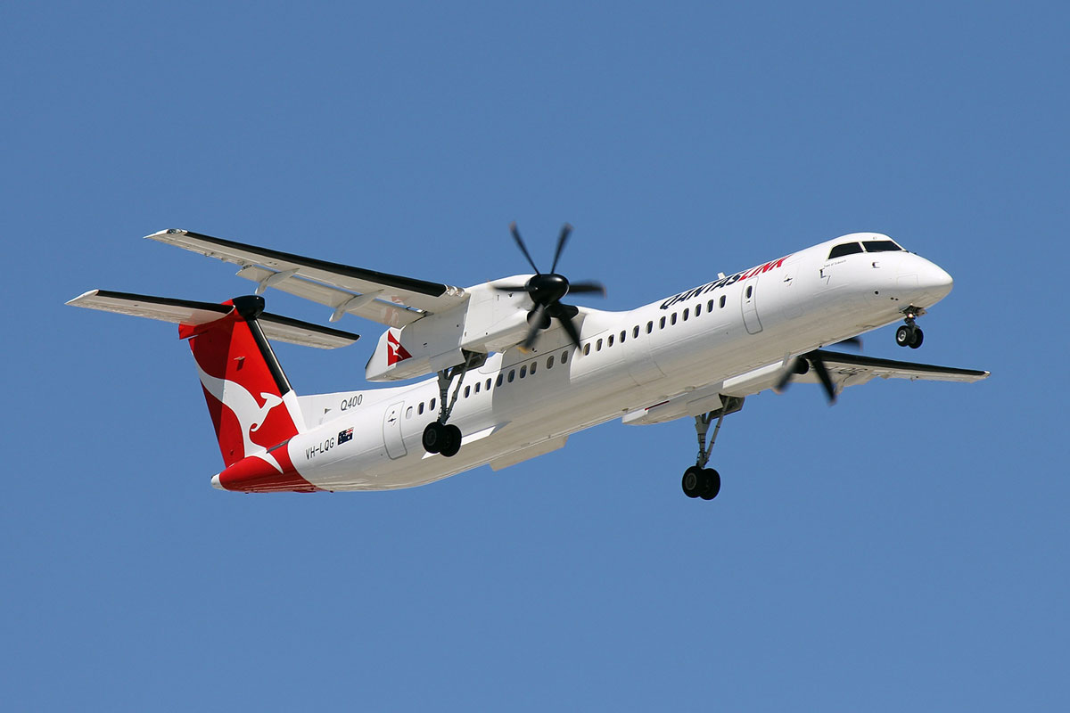 Qantas Dash 8 Sidney