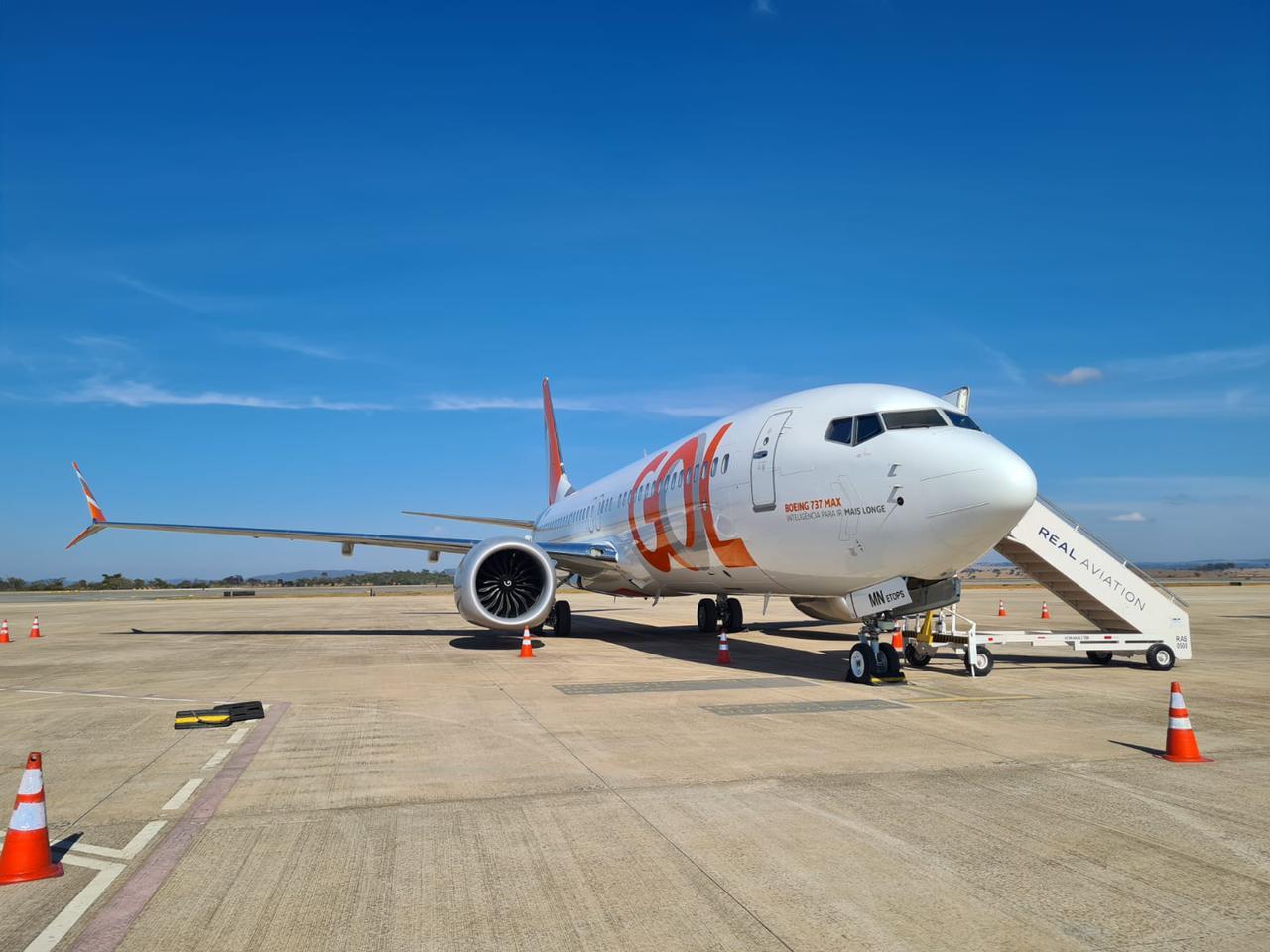 GOL Boeing 737 MAX 8