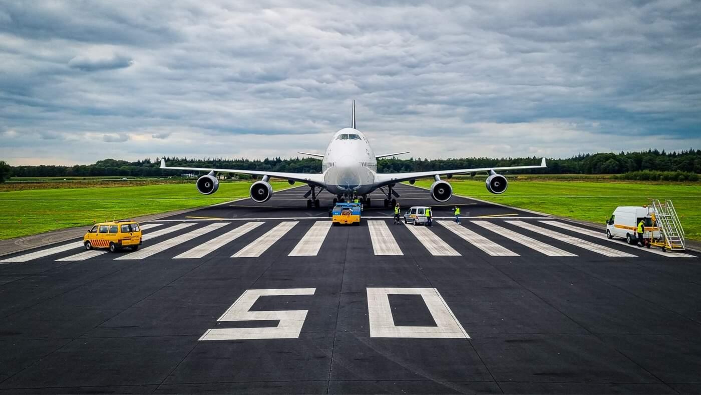 Boeing 747-400 decolando Aeroporto de Twente
